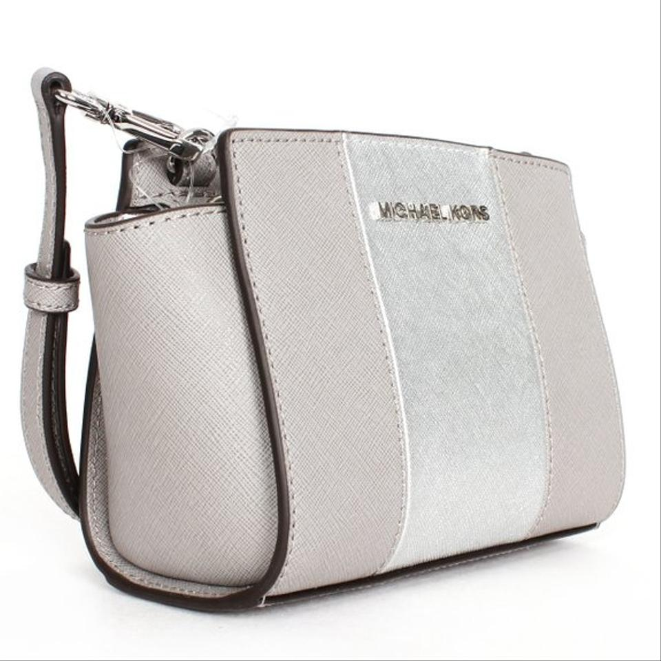 michael kors pearl grey silver saffianon leather selma striped crossbody messenger bag tradesy. Black Bedroom Furniture Sets. Home Design Ideas