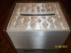 Xappeal Ivory Money Box In with Pearls. Ceremony Decoration