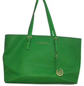 MICHAEL Michael Kors Tote in Kelly Green