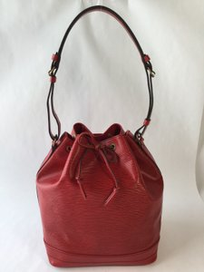 Louis Vuitton Noe Leather Tote in Red