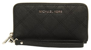 Michael Kors Jet Set Travel Multifunction Wallet/Phone Case In Black