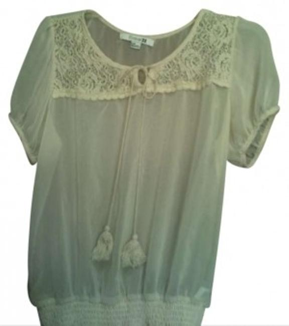 Preload https://item4.tradesy.com/images/forever-21-cream-short-sleeve-peasant-blouse-size-12-l-147158-0-0.jpg?width=400&height=650