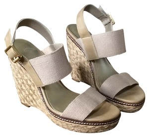Jessica Simpson Beige/brown Wedges