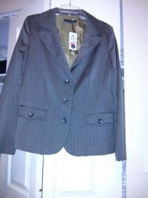 Parallel suit separate jacket. Would go great with brown or khaki slacks