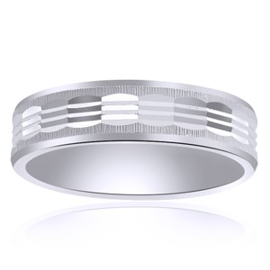 6.0mm 14k White Gold Mens Comfort Fit Band With A Textured Center