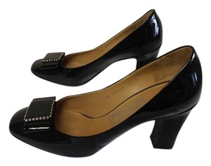 Salvatore Ferragamo Designer Patent Leather Bow black Pumps