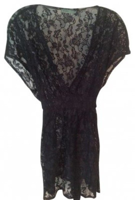 Preload https://img-static.tradesy.com/item/147220/anthropologie-black-blouse-size-8-m-0-0-650-650.jpg