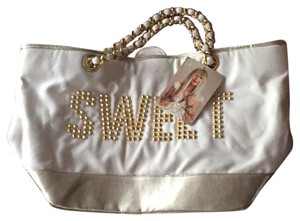 Betsey Johnson Tote in Ivory and gold