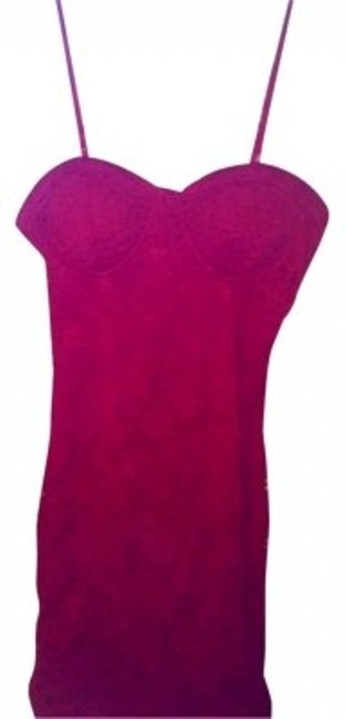 Preload https://img-static.tradesy.com/item/147230/forever-21-red-mini-night-out-dress-size-2-xs-0-0-650-650.jpg