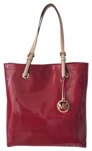 Michael Kors Travel Patent Leather Ns North South Tote in Red