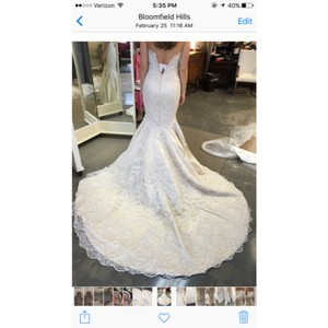 Matthew Christopher Champagne Lining Offwhite Lace Formal Wedding Dress Size 6 (S)