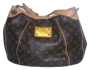 Louis Vuitton Favorite Pm Handbag Galliera Hobo Bag