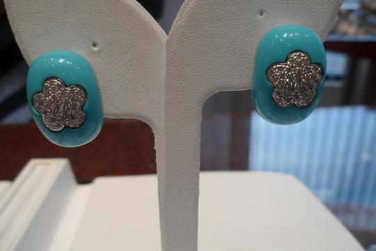 MADE IN ITALY 18 KT. GOLD EARRINGS AND RING SET, RING SIZE 5.5, 2.5 CARAT OF DIAMONDS, TURQUISE ENAMEL