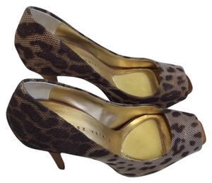 Martinez Valero Peep Toe Animal Print High Heel Brown tiger Pumps