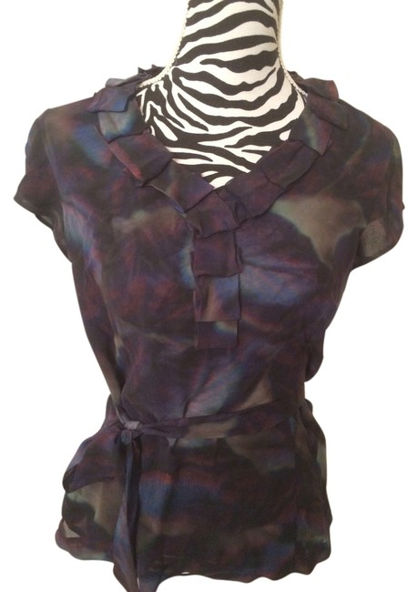 Preload https://item4.tradesy.com/images/classiques-entier-blouse-size-10-m-1473083-0-0.jpg?width=400&height=650