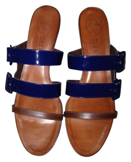 Preload https://item3.tradesy.com/images/delman-navy-patent-leather-new-buckle-strap-sandals-size-us-11-regular-m-b-147322-0-0.jpg?width=440&height=440