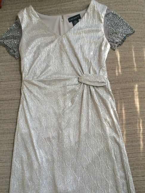 Item - Silver/Cream Polyester Shift - Style 56237/13662 Formal Wedding Dress Size 8 (M)