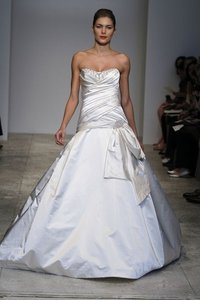 KENNETH POOL Fabiana Wedding Dress