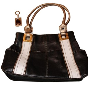 Tignanello Vintage Classics Shoulder Bag 60