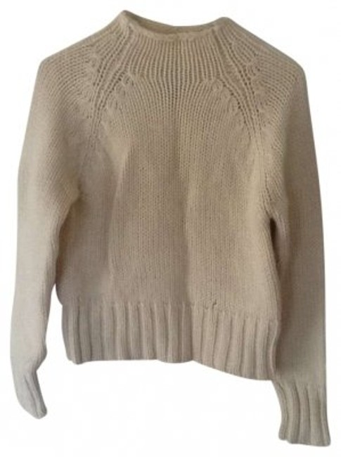 Preload https://img-static.tradesy.com/item/147362/american-eagle-outfitters-cream-cable-knit-sweaterpullover-size-12-l-0-0-650-650.jpg
