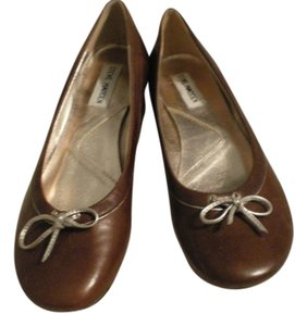 Steve Madden brown Pumps