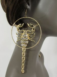 Women Gold Metal Big Hoop Scorpion Hip Hop Fashion Hook Long Earrings Set