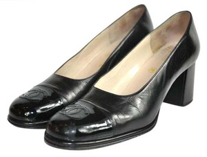 Chanel Vintage Classic Square Toe Black Pumps