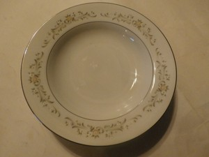 3 Plates Sango China - Japan - 3688- Debutante - 8 3/8