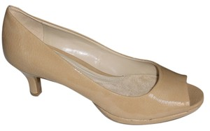 Naturalizer Patent Hanning Peep Toe Taupe/Beige Pumps