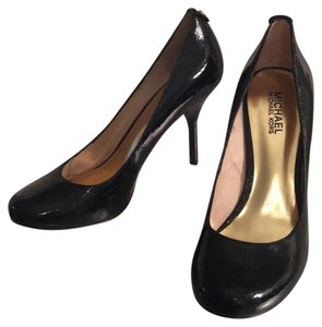 MICHAEL Michael Kors Black Patent Leather Heels New Pumps