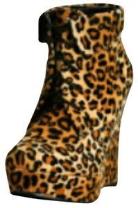 Fashionette Style Boutique Leopard Print Wedges