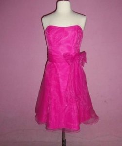 Alfred Angelo Fuchsia Organza 7095 Formal Bridesmaid/Mob Dress Size 14 (L)