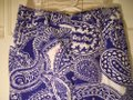Lilly Pulitzer Blue & White Floral Paisley Pants Size 10 (M, 31) Lilly Pulitzer Blue & White Floral Paisley Pants Size 10 (M, 31) Image 3