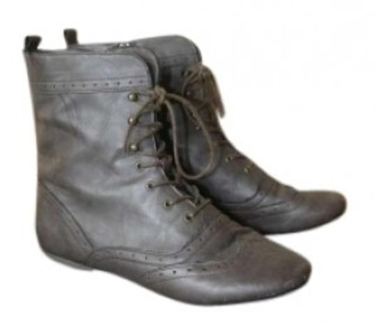 Preload https://item5.tradesy.com/images/gray-lace-up-bootsbooties-size-us-9-147474-0-0.jpg?width=440&height=440