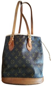 Louis Vuitton Bucket Shoulder Bag
