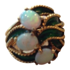 Green enamel leaf and 3 opal 14k ring.