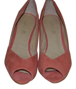 ALDO peach Pumps
