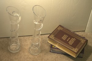 Joann's Fabric Clear Glass Swirly Vase Reception Decoration