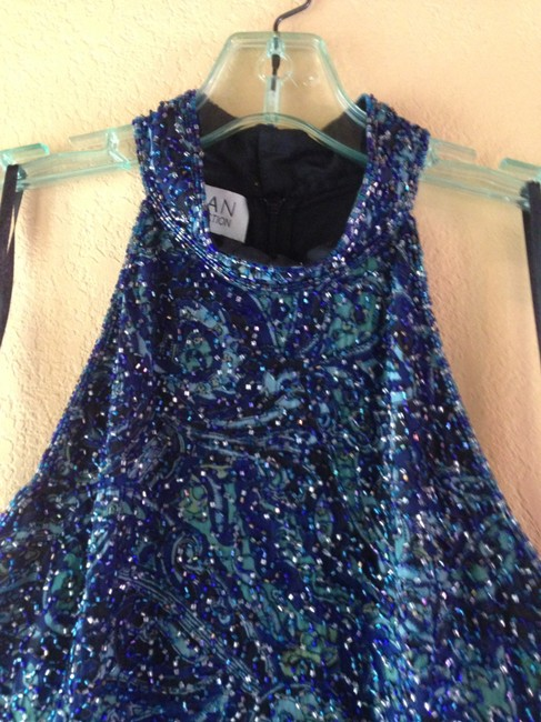 Sean Collection Date Night Pretty Party Exclusive Holidays Top BLACK AND GREEN
