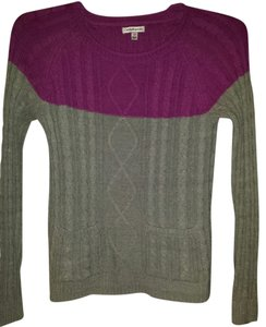 Croft & Barrow Fits Like A Small Soft Enough To Wear Alone. 2 Front Pockets Sweater