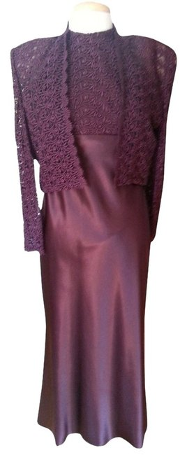 Preload https://img-static.tradesy.com/item/1475068/burgundy-ladies-strapless-long-formal-dress-size-6-s-0-0-650-650.jpg