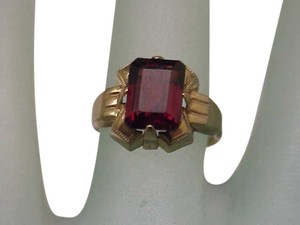 Super Nice Fancy 10K Gold Victorian Ring Genuine Garnet Great Mount, late 1800s
