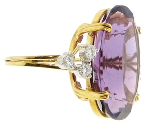 STUNNING MUST SEE - 18k Diamond & 25 carats Amethyst Cocktail ring