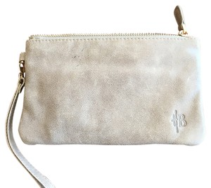 Handbag Butler Wristlet in Light Grey