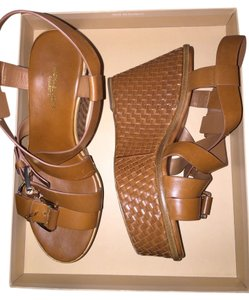Michael Kors Mk Brown Wedges Leather Woven Luggage Platforms