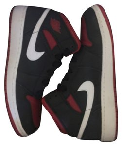 Nike Black red white Athletic