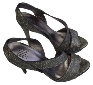 Pelle Moda Hogh Platform Evening Formal pewter Sandals