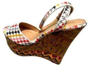 1 Madison White Summer Casual Orange Multi Color Wedges
