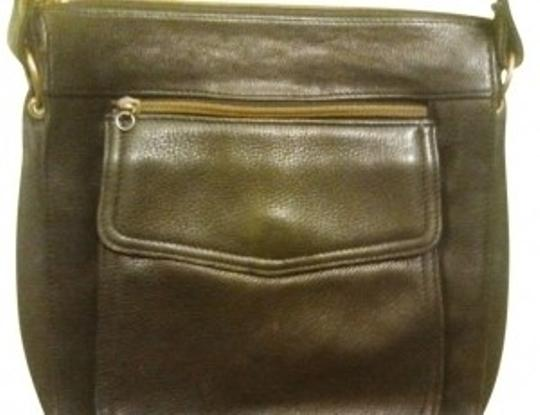 Preload https://item4.tradesy.com/images/fossil-very-well-made-multiple-pockets-and-compartments-black-leather-tote-14763-0-0.jpg?width=440&height=440