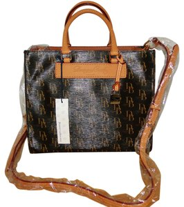 Dooney & Bourke Janine Satchel in Brown T'Moro